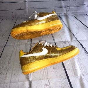Yellow/Gold Nike Air Force 1 Tennis Size 8